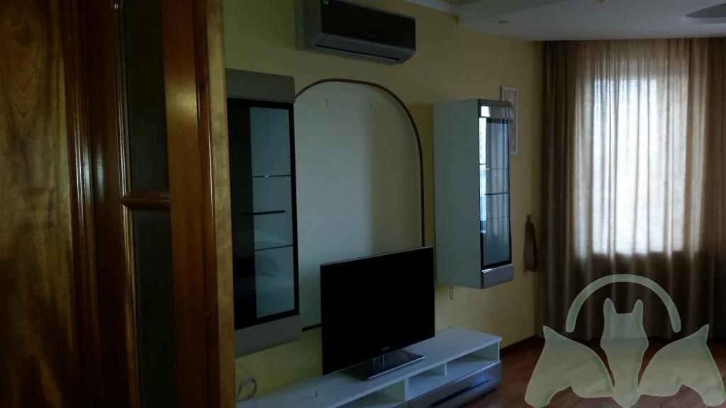 Аренда: Квартира 2-ком. 70 м2 5/10 эт. - Фото 1