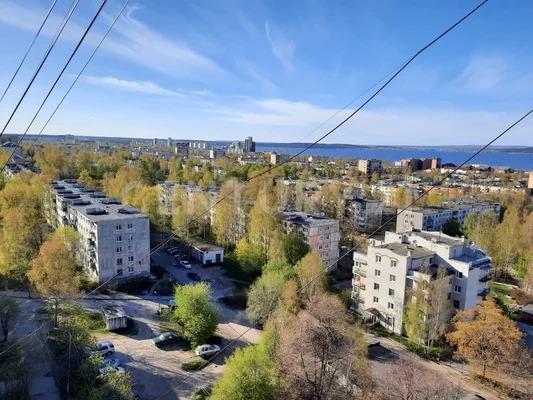 Продажа 3-к квартиры на 12/12 этаже на ул. Ленинградская, д. 22 - Фото 1