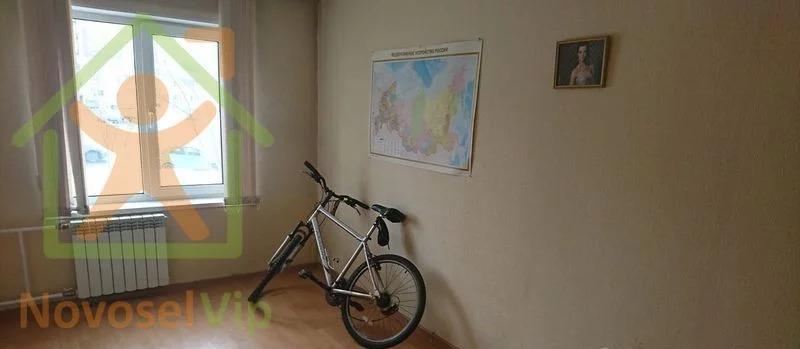 Квартира, пр-кт. Молодежный, д.4 - Фото 1