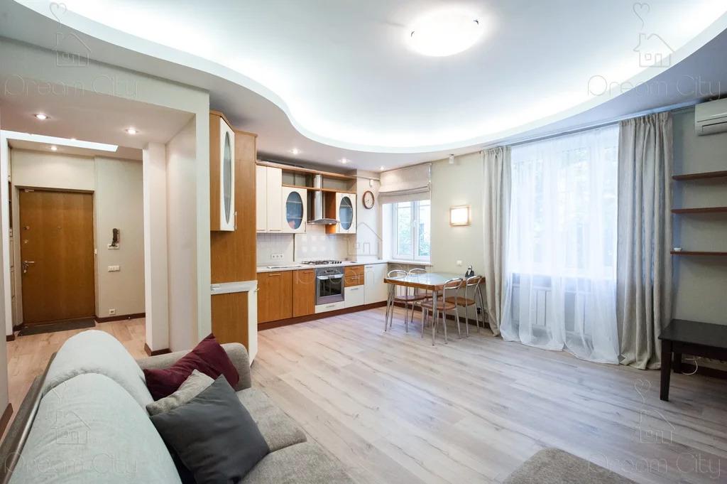 Сдается в аренду квартира г.Москва, ул. Спиридоновка - Фото 1