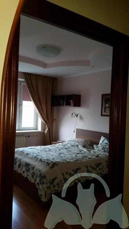 Аренда: Квартира 2-ком. 70 м2 5/10 эт. - Фото 4