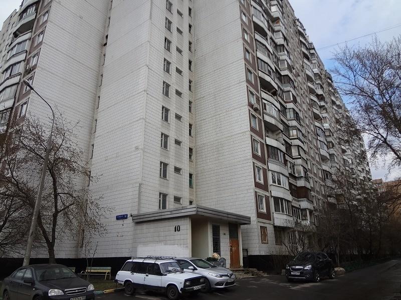 Продаю 3 ком. квартиру на ул. Базовская. САО - Фото 0
