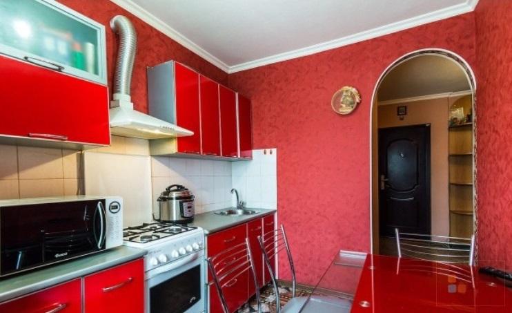 4 к квартира с хорошим ремонтом и мебелью, Купить квартиру в Краснодаре, ID объекта - 317932193 - Фото 1