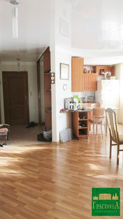 Квартира, Косарева, д.33, Купить квартиру в Томске, ID объекта - 322700945 - Фото 1