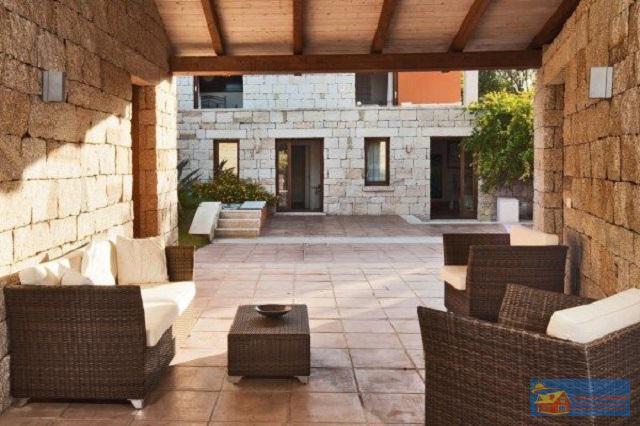Вилла класса люкс с бассейном в аренду на Сардинии. - Фото 4