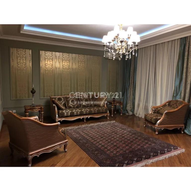 Продажа 5-к квартиры по ул.Синявина (возле М.Гаджиева), 200 м2, 1/4 эт - Фото 1