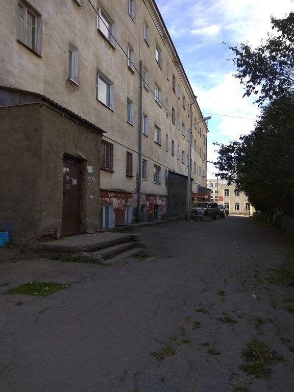 Сдам или Продам 2 квартиры на цокольном этаже, можно по отдельности - Фото 0