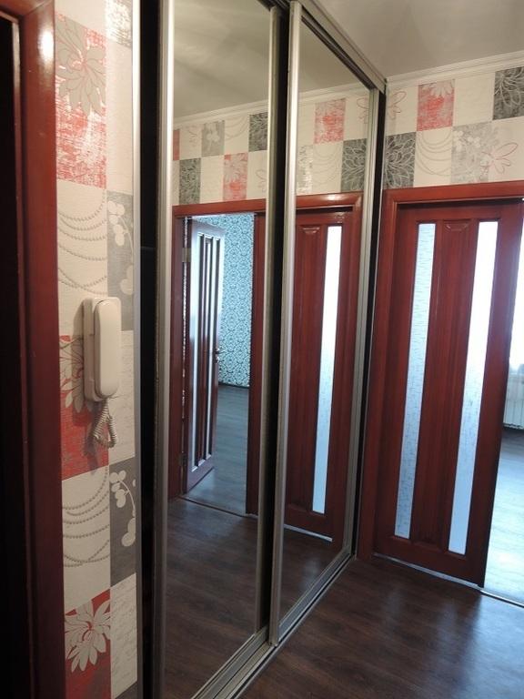 Продаю двухкомнатную квартиру г.Жлобин, мк-н 18, д. 11 - Фото 1