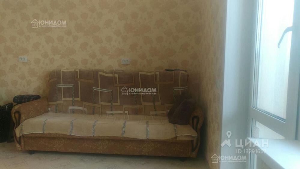 Заказать проститутку в Тюмени ул Фармана Салманова проституток грудь