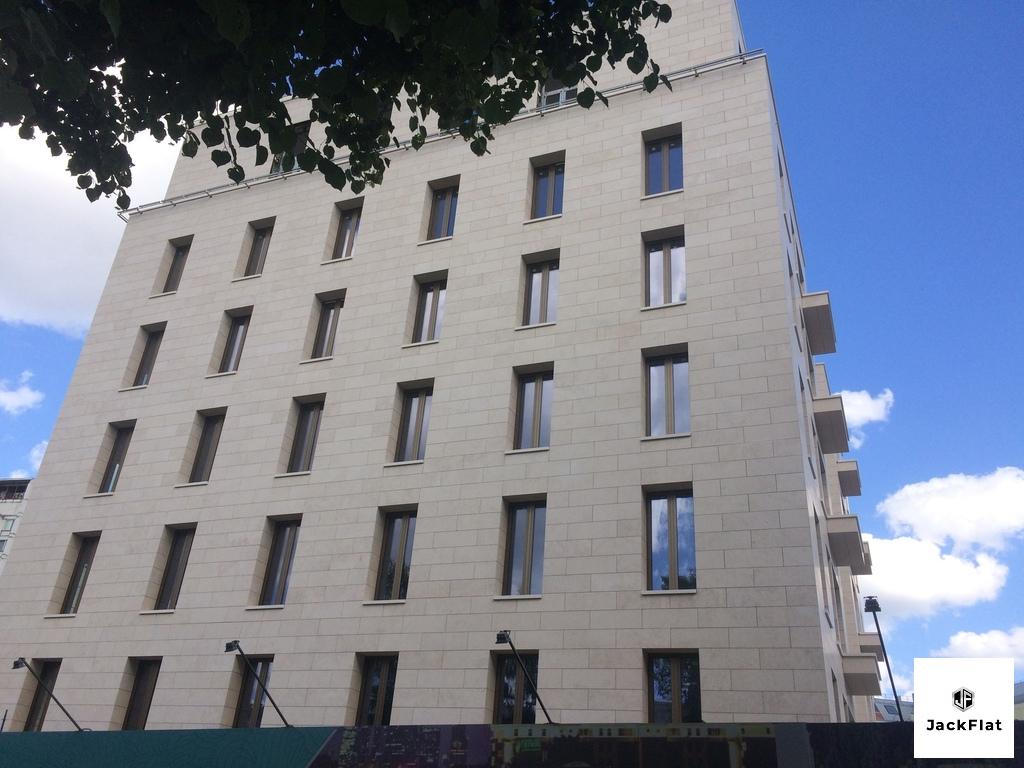 "ЖК ""Полянка,44"", особняк Камелия, 9-ти комнатная кв-ра-270кв.м, 6 этаж - Фото 0"