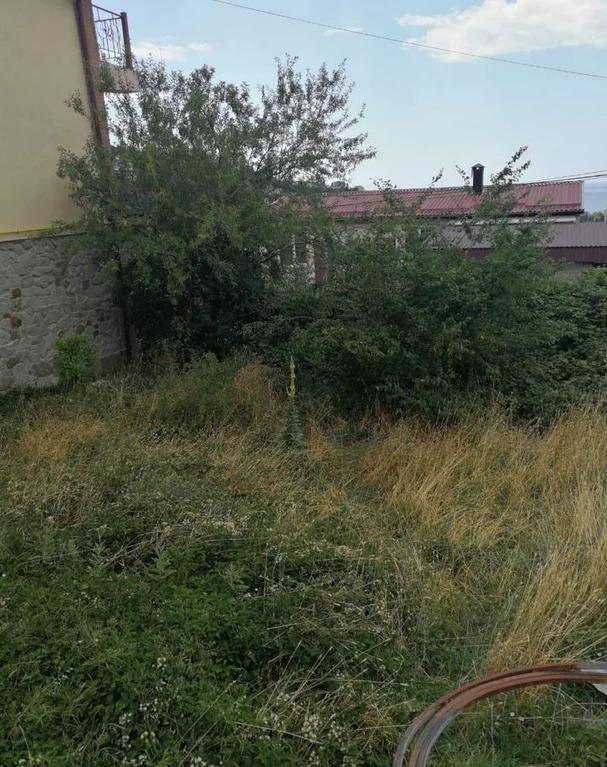 Продается земельный участок Респ Крым, г Ялта, пгт Массандра, ул . - Фото 3
