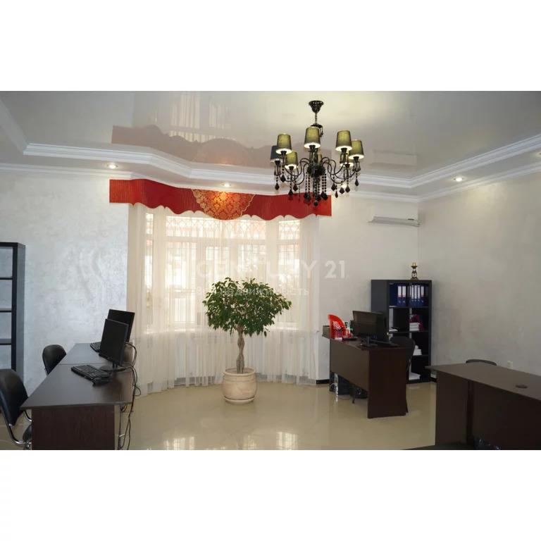 Продажа офисного здания с з/у в г. Каспийск ул. Ленина 70 б, 205 м2 - Фото 1
