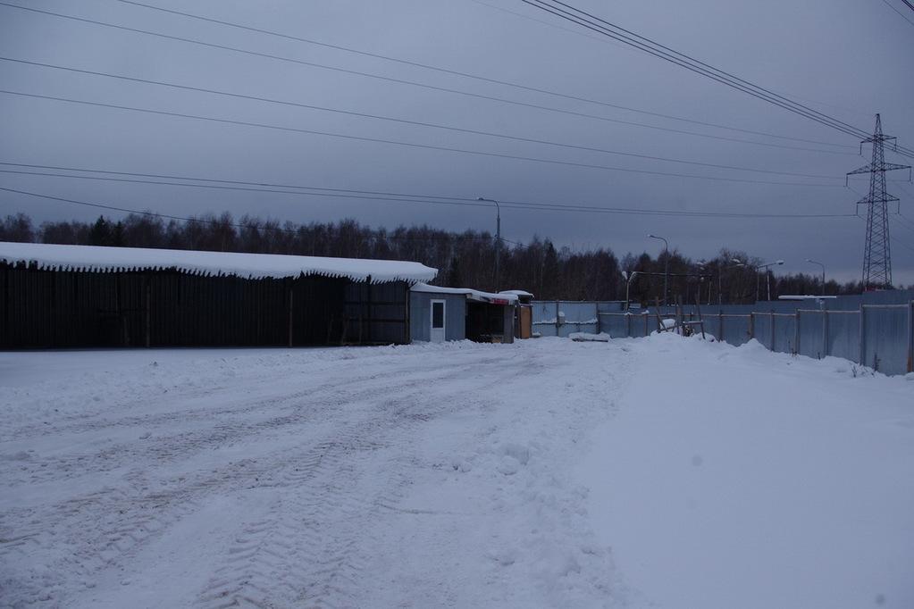Площадка для автотранспорта 1100 кв.м. г. Москва ул. Корнилова вл. 18 - Фото 1