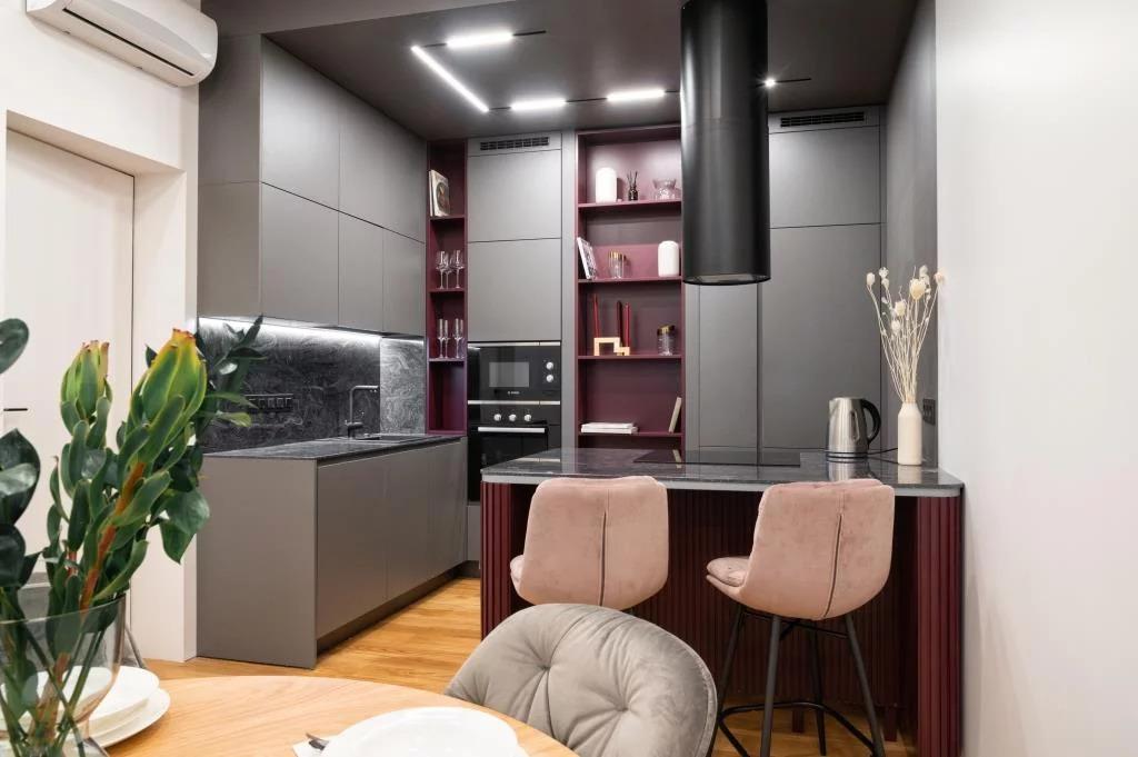 Продается большая трехкомнатная квартира, м. Белорусская, или Улица . - Фото 0