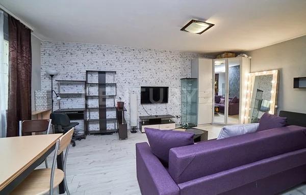 Продажа квартиры-студии на 3/10 этаже панельного дома на ул. Варлам. - Фото 2