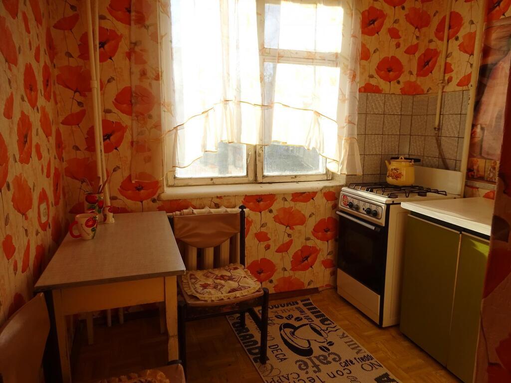 1 к. квартира г. Серпухов ул. Захаркина р-н Чернышевской. - Фото 3
