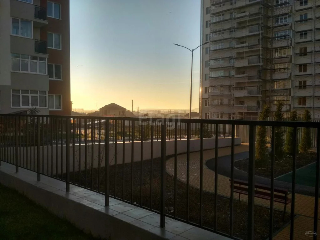 Продам 3-комн. кв. 74.5 кв.м. Симферополь, Батурина - Фото 6