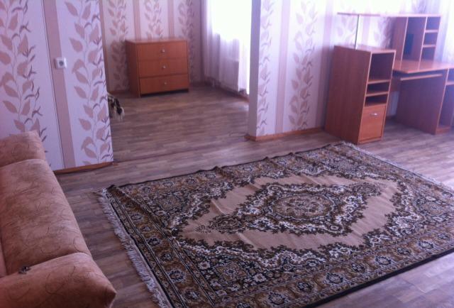 Двухкомнатная квартира на ул.академика Глушко 22 - Фото 1