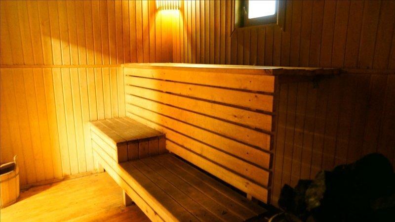 Двухэтажный домик с русской баней в пос. Мельничный Ручей - Фото 2