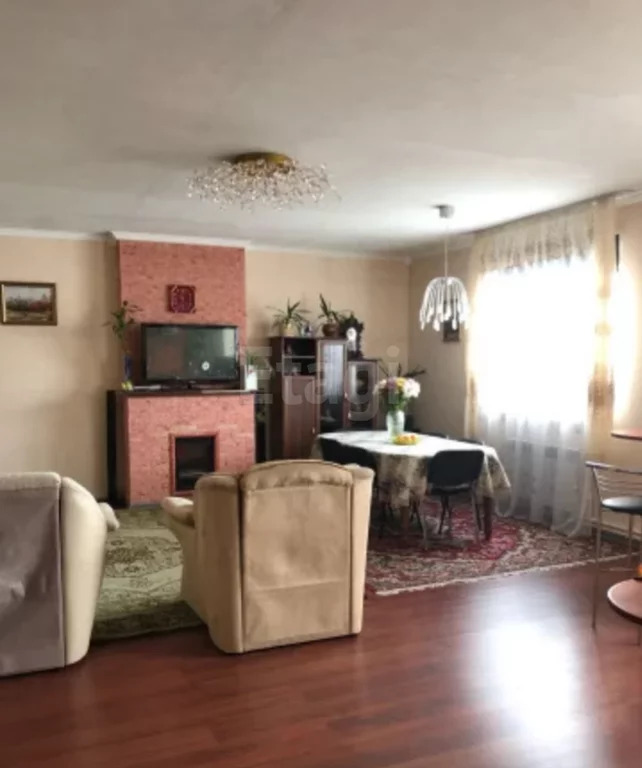 Продам 3-этажн. дом 250 кв.м. Южная часть - Фото 1