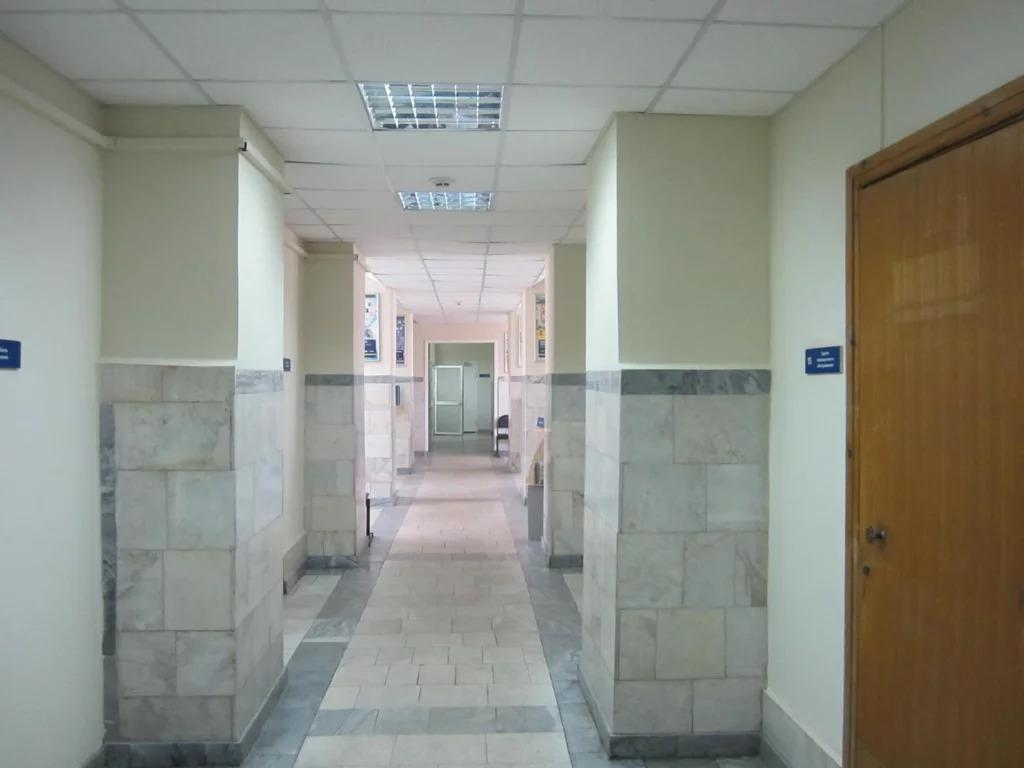 Продается Офис. , Прокопьевск г, проспект Шахтеров 8 - Фото 2