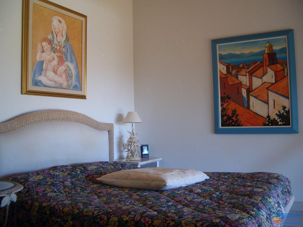 Вилла класса люкс с бассейном в аренду на Сардинии. - Фото 11