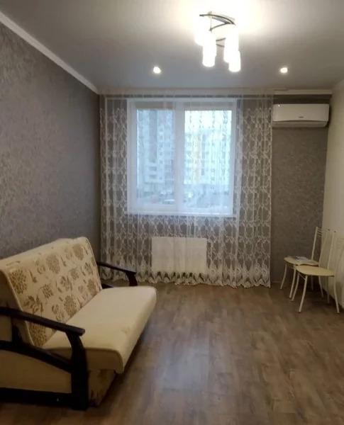 Аренда квартиры, Симферополь, Ул. Батурина - Фото 0