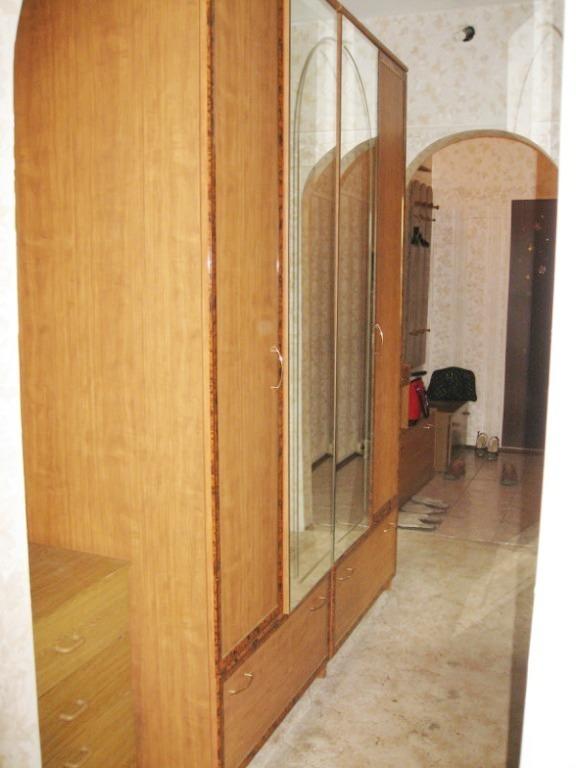 Сдается 3-х комнатная квартира Химиков проспект 15 - Фото 0