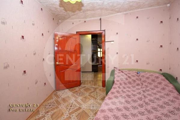 Продается 4 -х комнатная квартира по низкой цене в экологически чис. - Фото 1