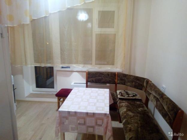 Продажа квартиры, Якутск, 203 мкр - Фото 0