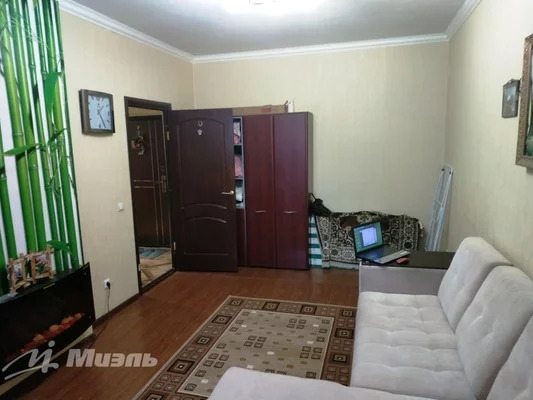 Продаётся 2 комнатная квартира - Фото 1