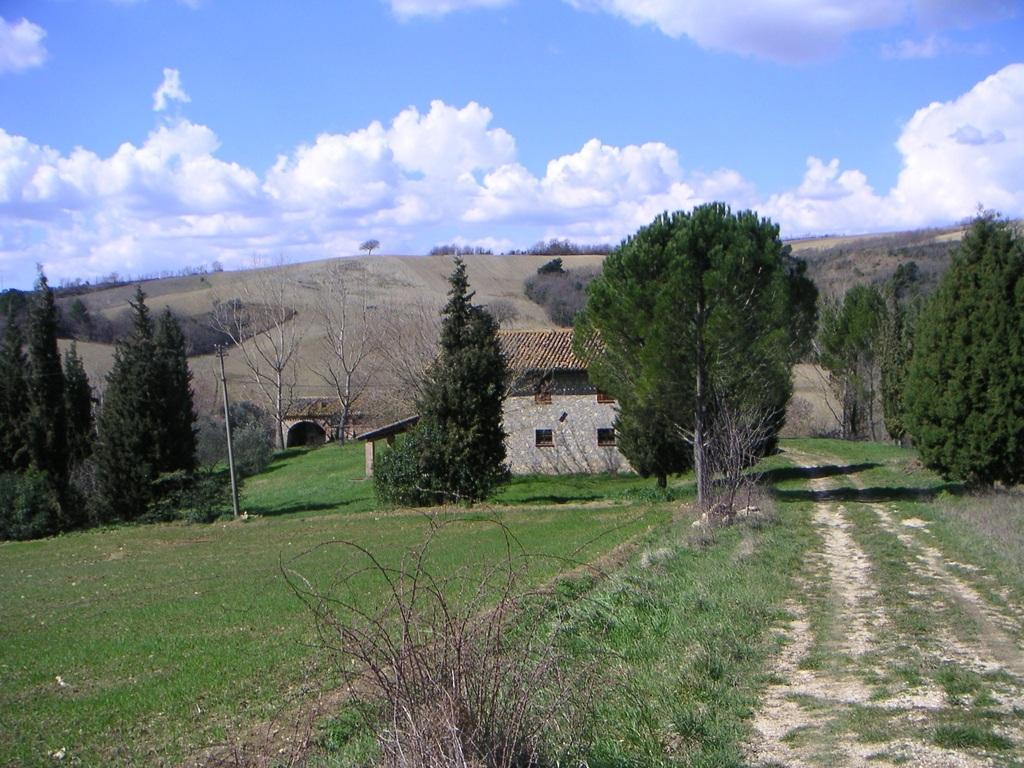Продается усадьба в Сан-Теренциано, Перуджа, Италия - Фото 11