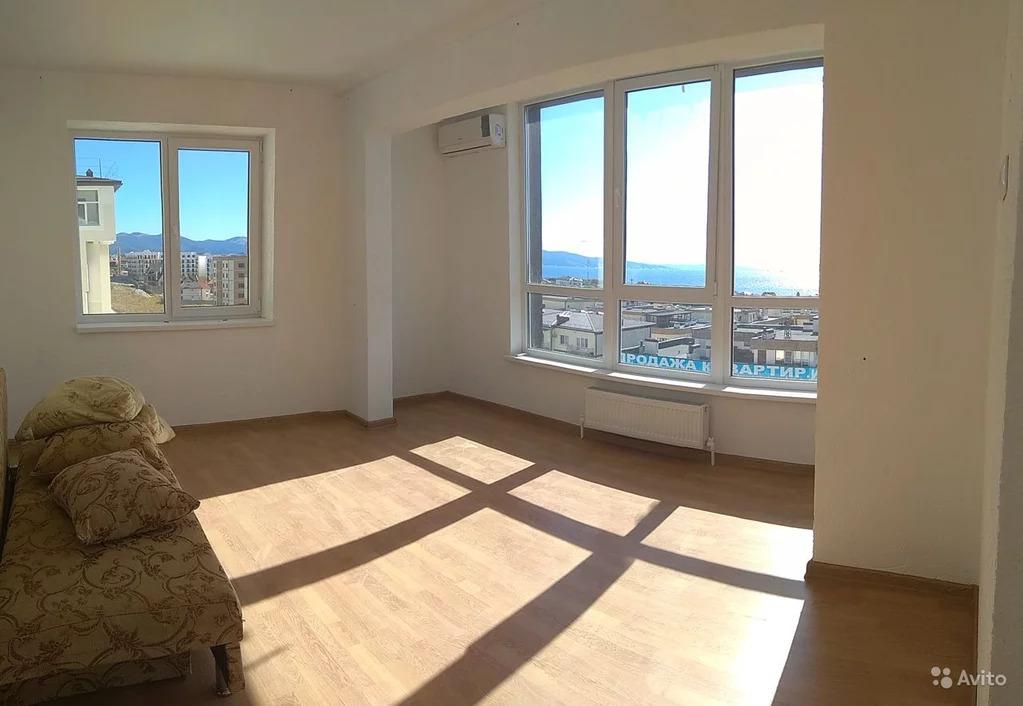 Квартира с ремонтом в новом доме в Новороссийске - Фото 0