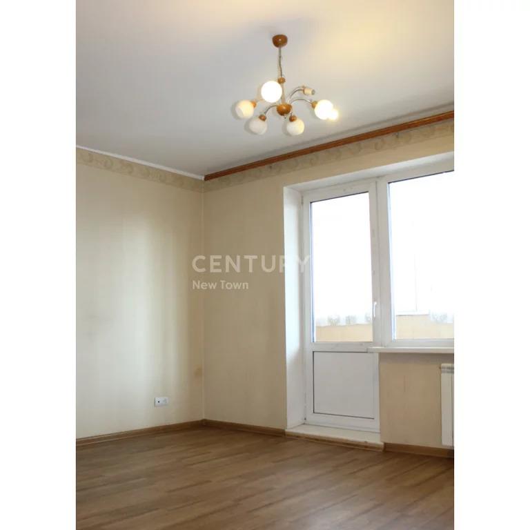 Продам 1 комнатная дос 60 - Фото 0