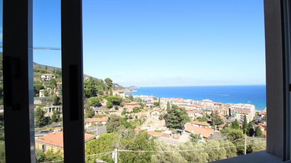 Продается эксклюзивная вилла в Алассио, Италия - Фото 9
