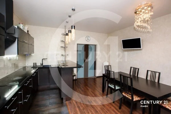 Продажа 3-к квартиры 138 м на ул. Льва Толстого, д. 32а - Фото 0