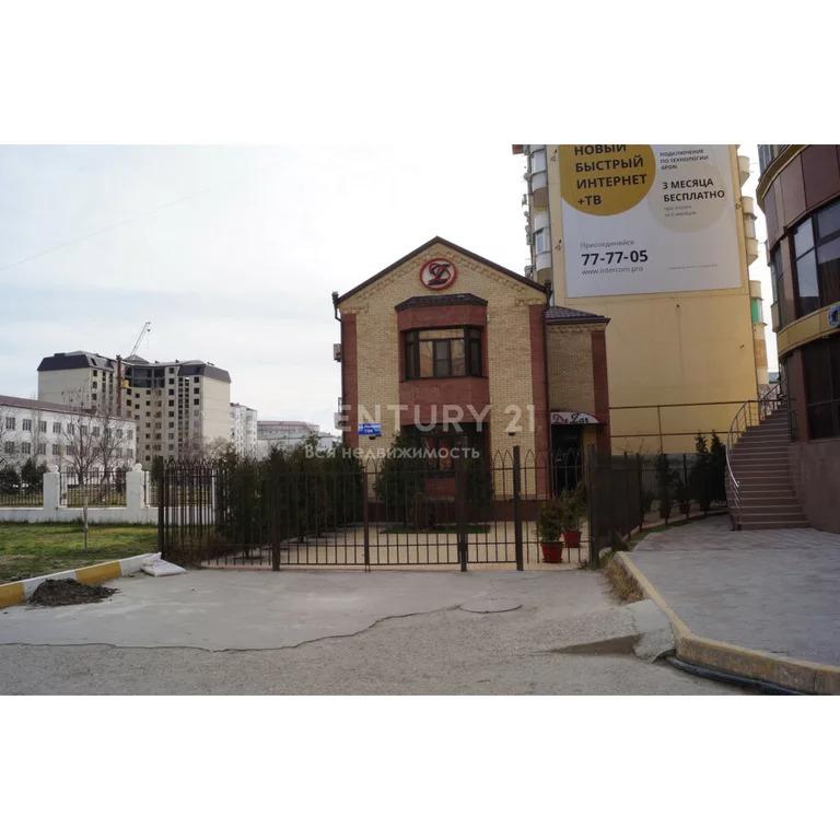 Продажа офисного здания с з/у в г. Каспийск ул. Ленина 70 б, 205 м2 - Фото 0