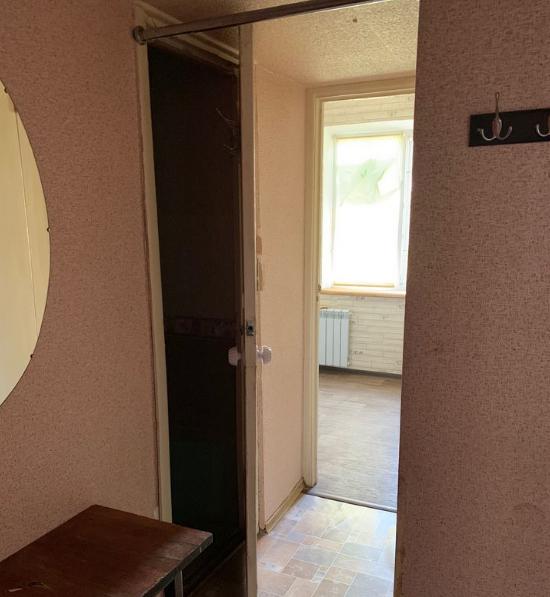 Продам 1-к квартира проспект Победы 4/9 эт. Пл: 35 м2 - Фото 2