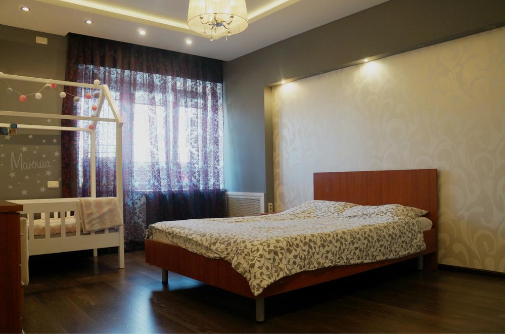 Квартира, ул. Братьев Кашириных, д.158 - Фото 1