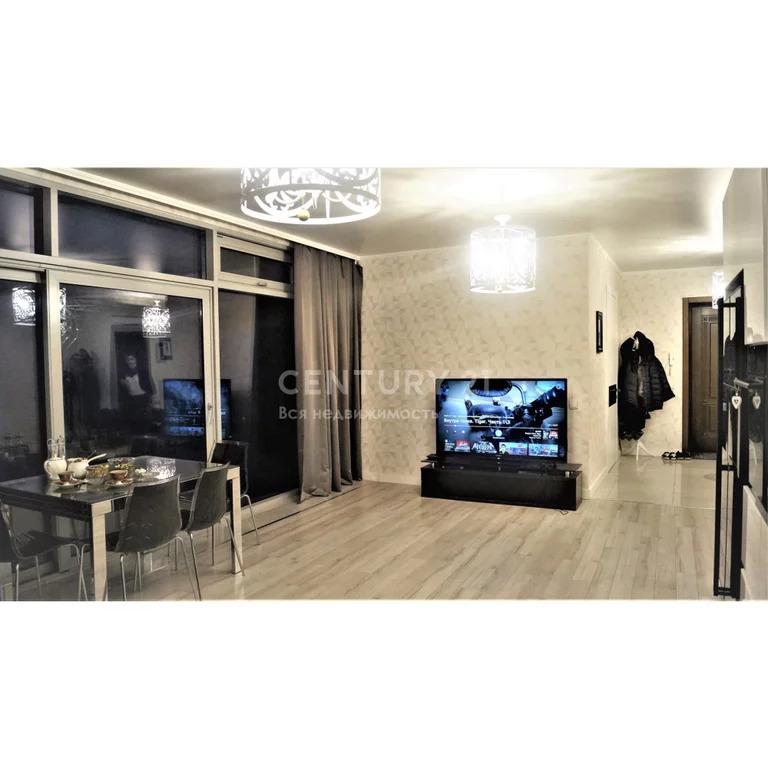 Продажа 3-к квартира по пр-ту Петра 1, 140 м2 +90 м2 терраса,11/11 эт. - Фото 0