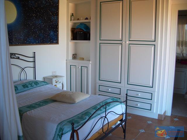 Вилла класса люкс с бассейном в аренду на Сардинии. - Фото 16