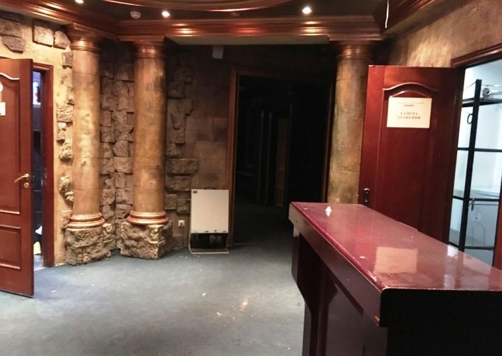 Ночные клубы на земляном валу танцпол в ночном клубе