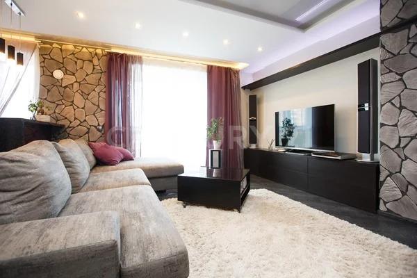 Продажа 2-комнатной квартиры в кирпичном доме комфорт класса. - Фото 0
