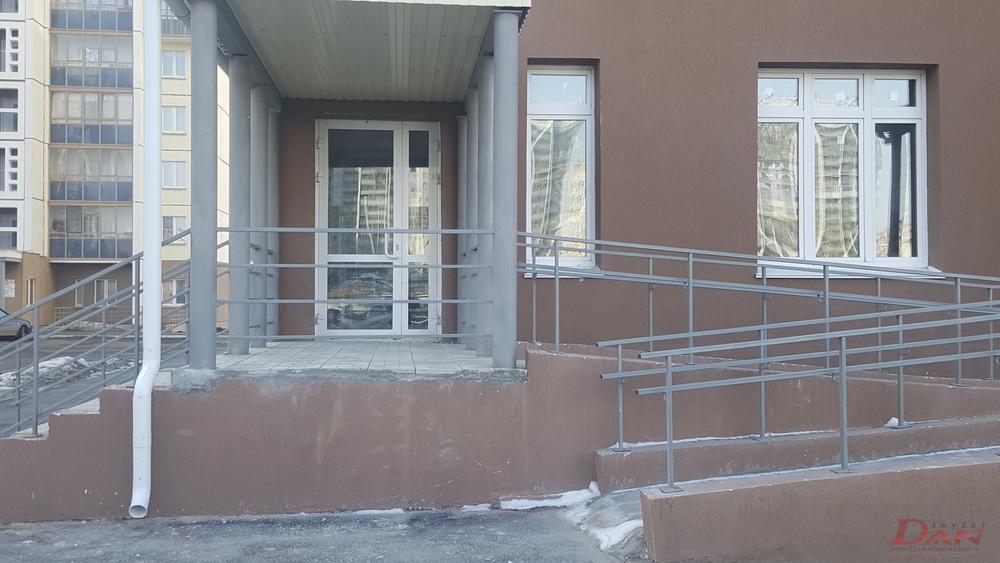 Коммерческая недвижимость, ул. Университетская Набережная, д.46 - Фото 1