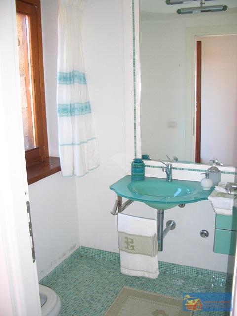 Вилла класса люкс с бассейном в аренду на Сардинии. - Фото 15