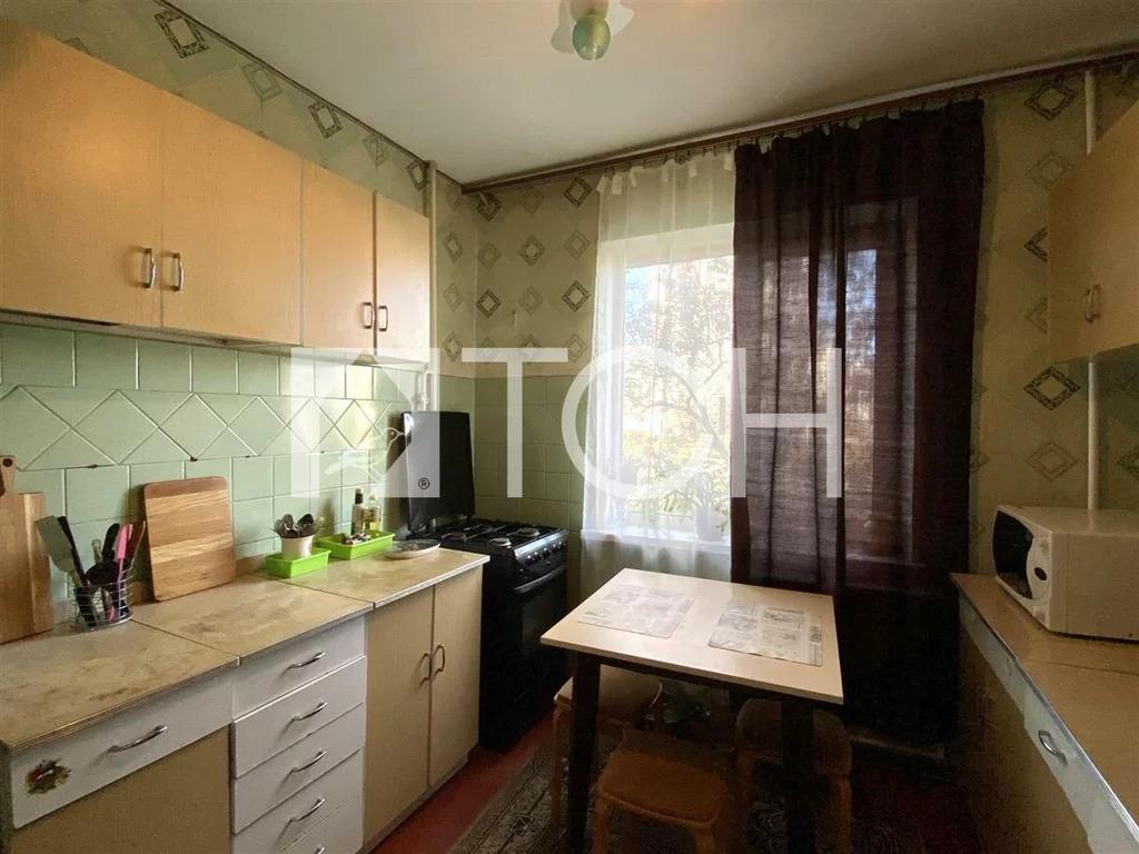 2-комн. квартира, Щелково, ул Талсинская, 6 - Фото 0
