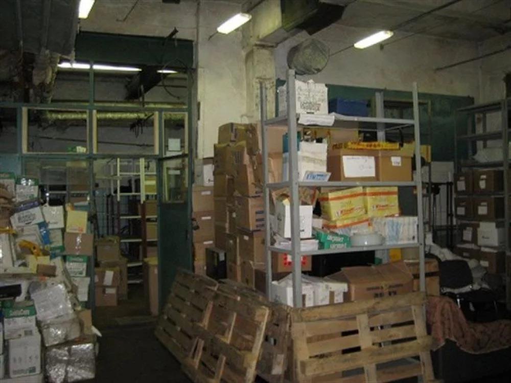Сдам складское помещение 880 кв.м. - Фото 0