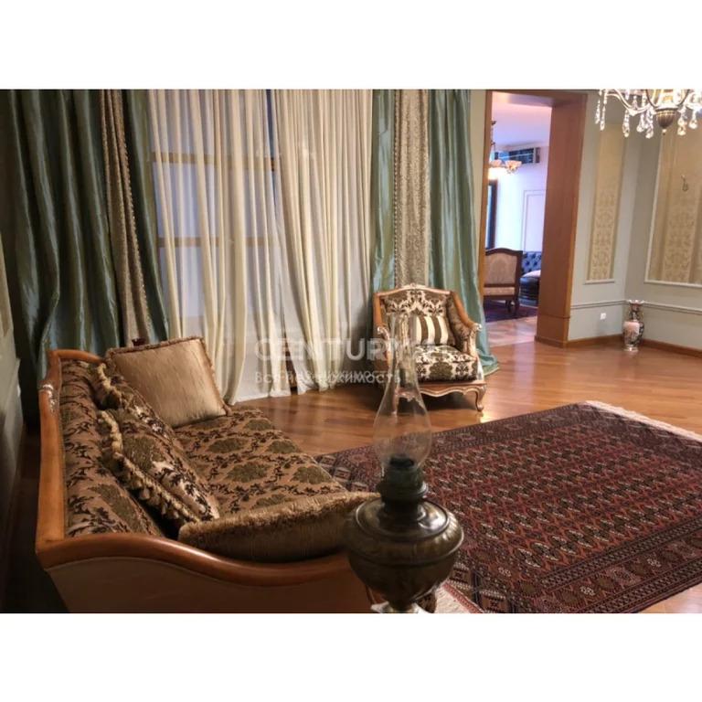Продажа 5-к квартиры по ул.Синявина (возле М.Гаджиева), 200 м2, 1/4 эт - Фото 2