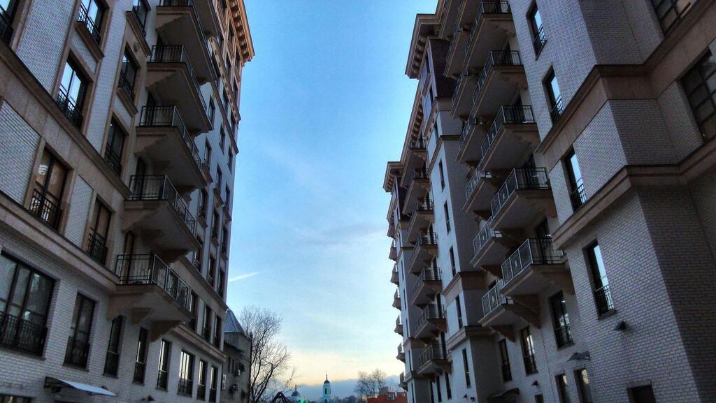 286кв.м, св. планировка, 9 этаж, 1секция - Фото 10