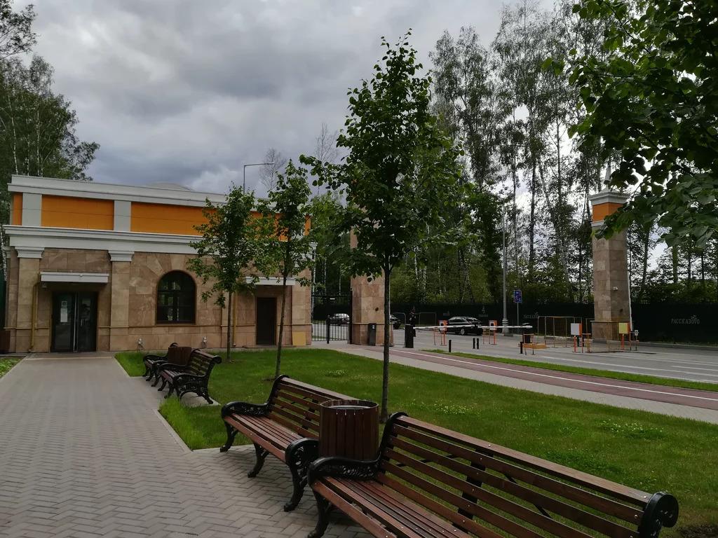 Продам 2-к квартиру, Внуковское п, бульвар Андрея Тарковского 9 - Фото 2